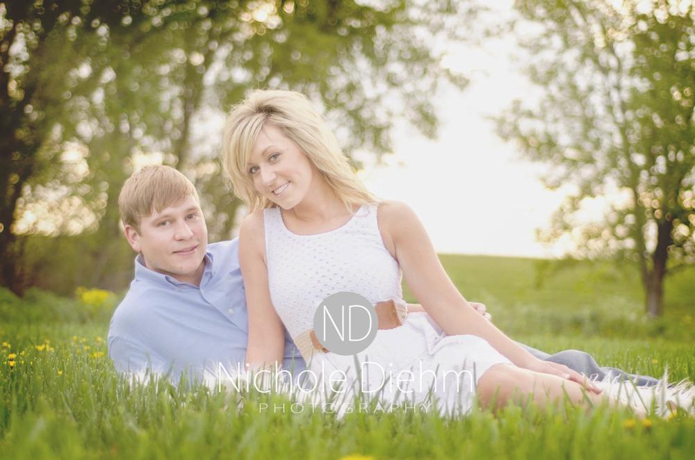 Engagement_Photography_Cedar_Falls_Iowa_Casie_Kelli103.jpg