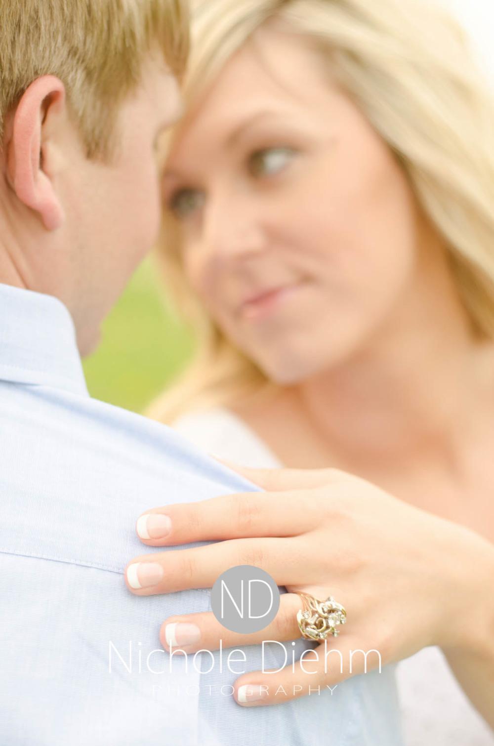 Engagement_Photography_Cedar_Falls_Iowa_Casie_Kelli105.jpg