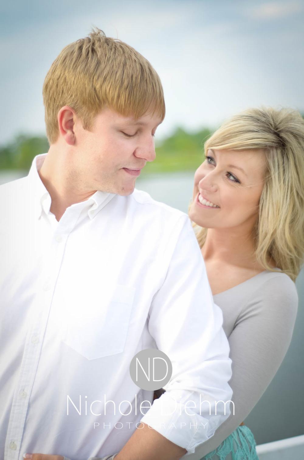 Engagement_Photography_Cedar_Falls_Iowa_Casie_Kelli100-4.jpg