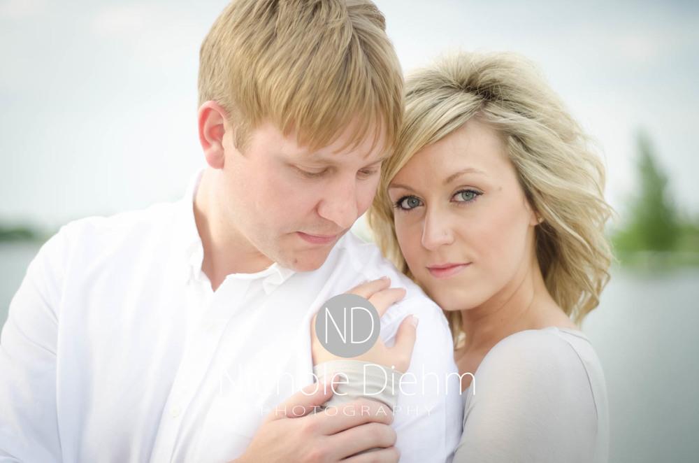 Engagement_Photography_Cedar_Falls_Iowa_Casie_Kelli100-7.jpg