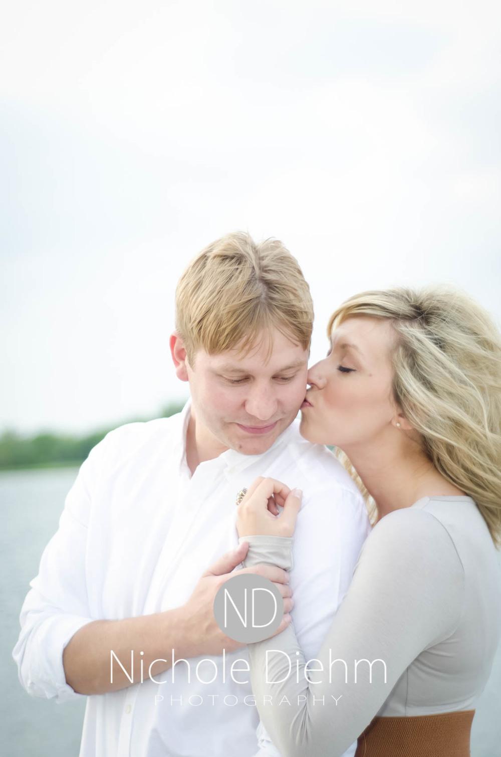 Engagement_Photography_Cedar_Falls_Iowa_Casie_Kelli100-8.jpg