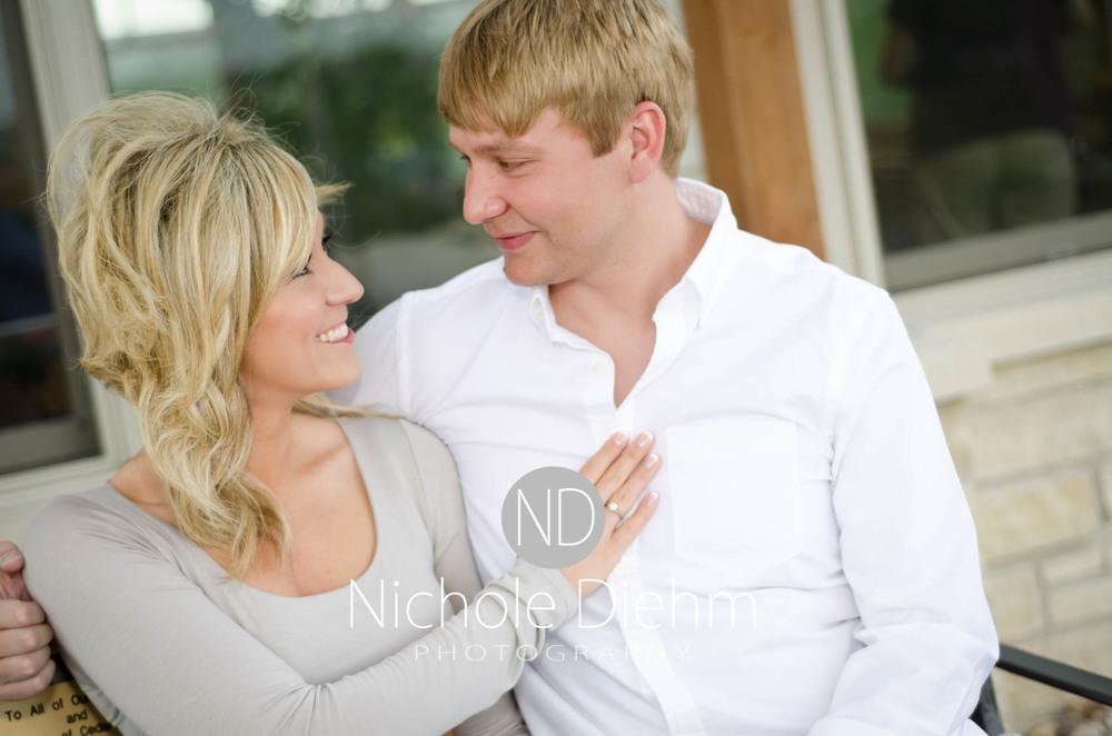 Engagement_Photography_Cedar_Falls_Iowa_Casie_Kelli100-11.jpg