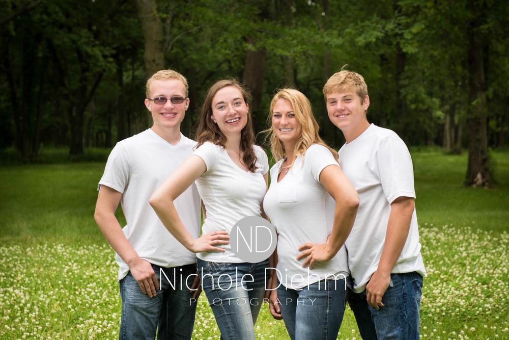 Family_Photography_Cedar_Falls_Iowa_Simmons_family109.jpg