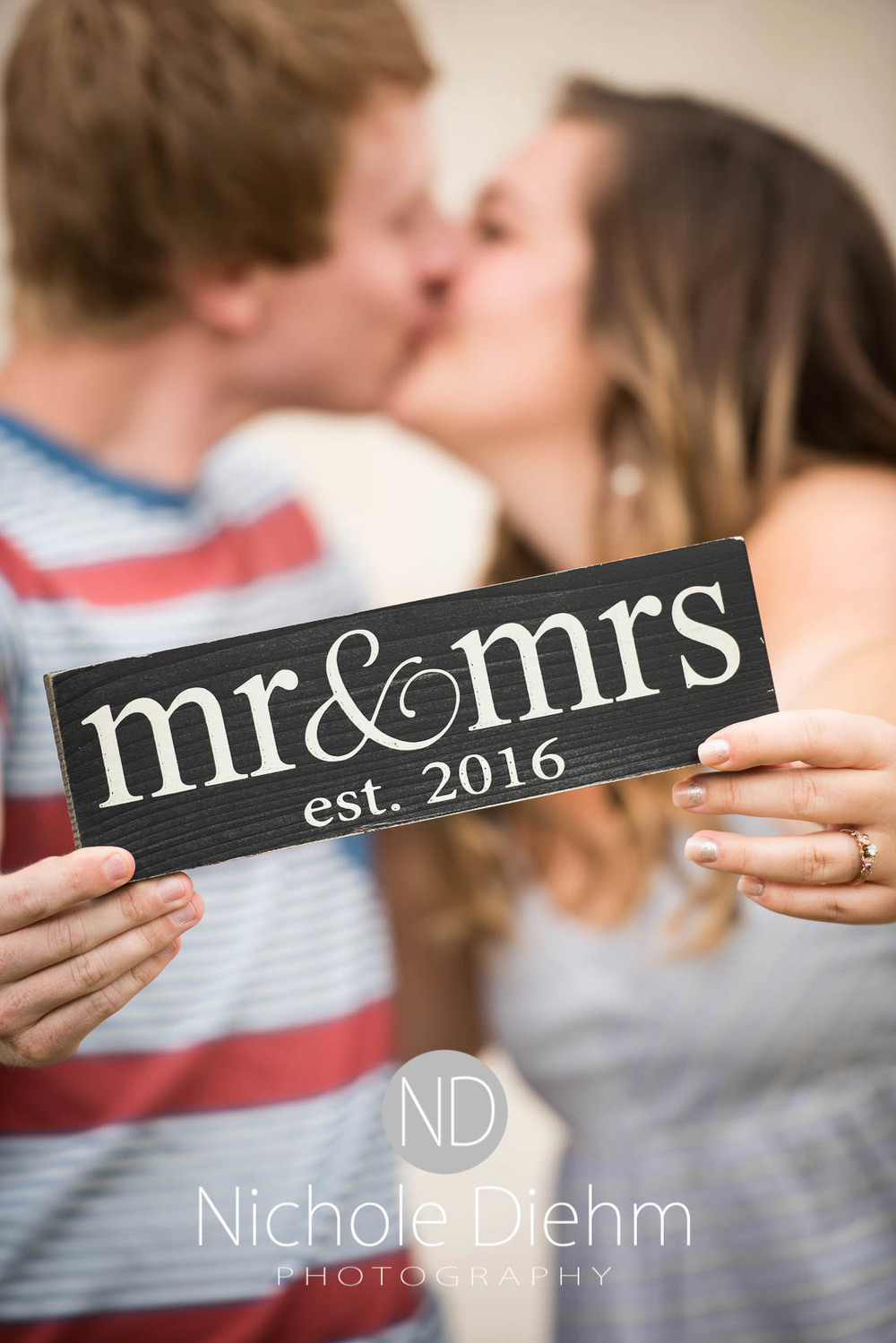 Engagement_Wedding_Photography_Hartley_Iowa_Emily_Jordy_Cedar_Falls_Iowa111.jpg