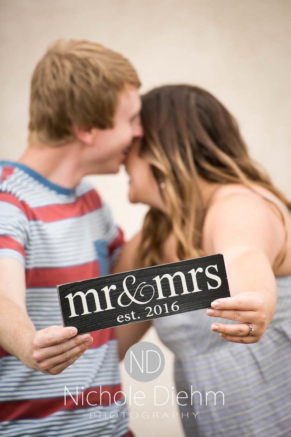 Engagement_Wedding_Photography_Hartley_Iowa_Emily_Jordy_Cedar_Falls_Iowa113.jpg