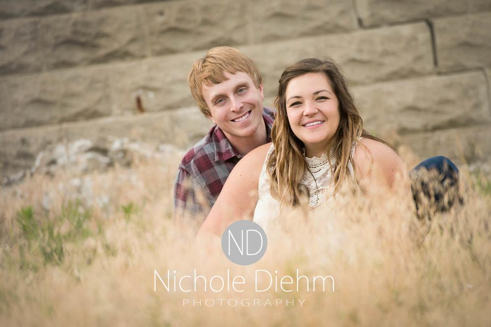 Engagement_Wedding_Photography_Hartley_Iowa_Emily_Jordy_Cedar_Falls_Iowa154.jpg