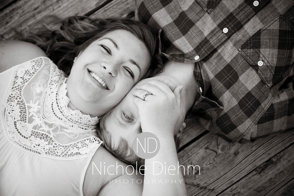Engagement_Wedding_Photography_Hartley_Iowa_Emily_Jordy_Cedar_Falls_Iowa191.jpg