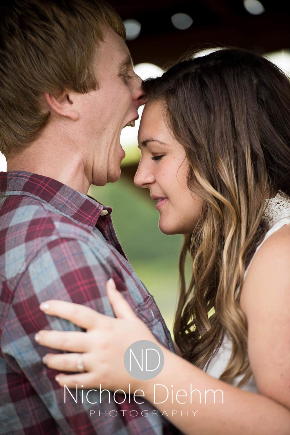 Engagement_Wedding_Photography_Hartley_Iowa_Emily_Jordy_Cedar_Falls_Iowa220.jpg