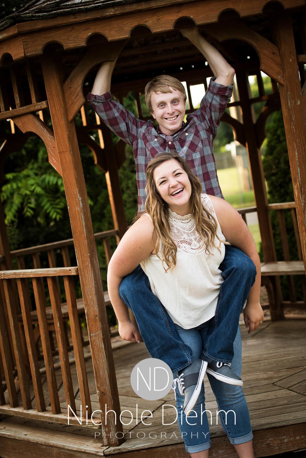 Engagement_Wedding_Photography_Hartley_Iowa_Emily_Jordy_Cedar_Falls_Iowa234.jpg