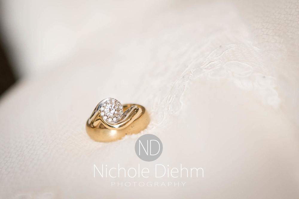 Katie-Schneider-Sam-Kelly-Wedding-Cedar-Falls-Iowa-Photographer-Nichole-Diehm-Photography-St.Stephens-Electric-Park-Ballroom-UNI103.jpg