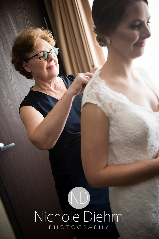 Katie-Schneider-Sam-Kelly-Wedding-Cedar-Falls-Iowa-Photographer-Nichole-Diehm-Photography-St.Stephens-Electric-Park-Ballroom-UNI393.jpg