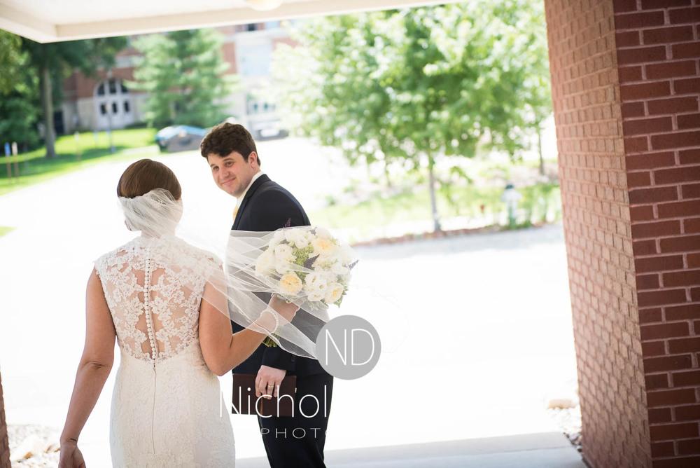 Katie-Schneider-Sam-Kelly-Wedding-Cedar-Falls-Iowa-Photographer-Nichole-Diehm-Photography-St.Stephens-Electric-Park-Ballroom-UNI435.jpg