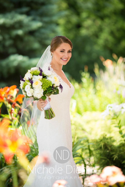 Katie-Schneider-Sam-Kelly-Wedding-Cedar-Falls-Iowa-Photographer-Nichole-Diehm-Photography-St.Stephens-Electric-Park-Ballroom-UNI236.jpg