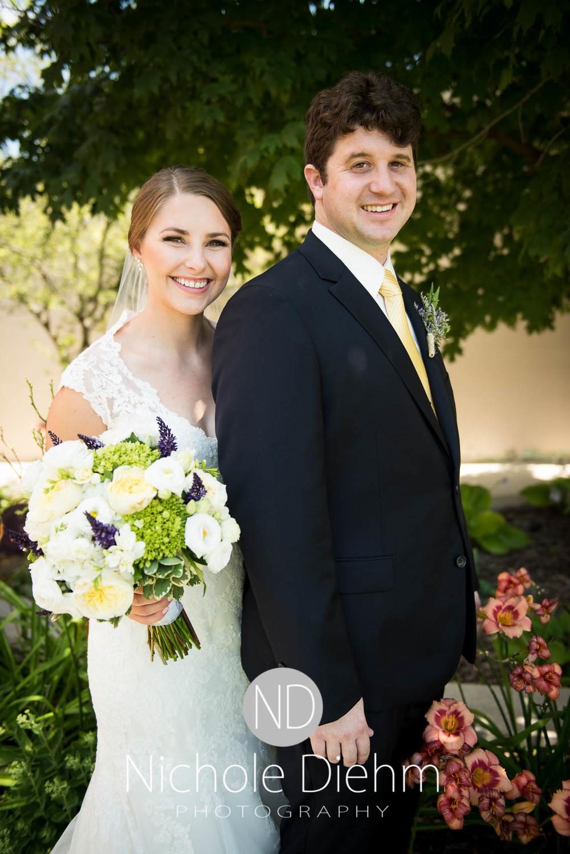 Katie-Schneider-Sam-Kelly-Wedding-Cedar-Falls-Iowa-Photographer-Nichole-Diehm-Photography-St.Stephens-Electric-Park-Ballroom-UNI452.jpg