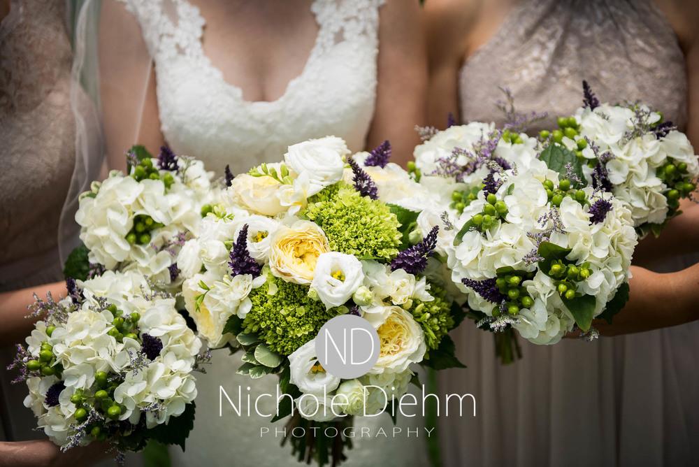 Katie-Schneider-Sam-Kelly-Wedding-Cedar-Falls-Iowa-Photographer-Nichole-Diehm-Photography-St.Stephens-Electric-Park-Ballroom-UNI489.jpg