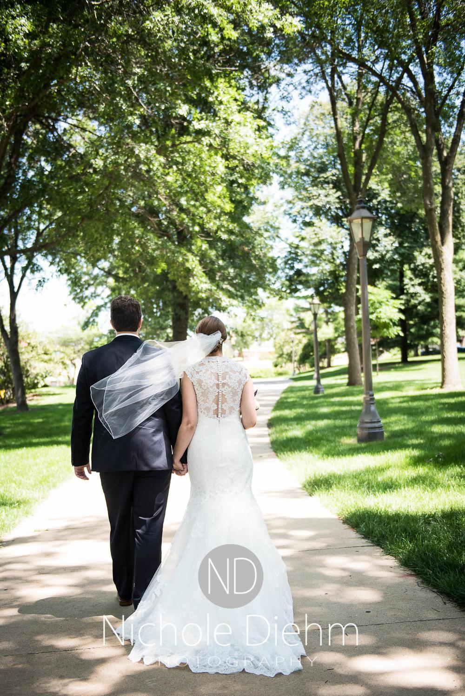 Katie-Schneider-Sam-Kelly-Wedding-Cedar-Falls-Iowa-Photographer-Nichole-Diehm-Photography-St.Stephens-Electric-Park-Ballroom-UNI1002.jpg