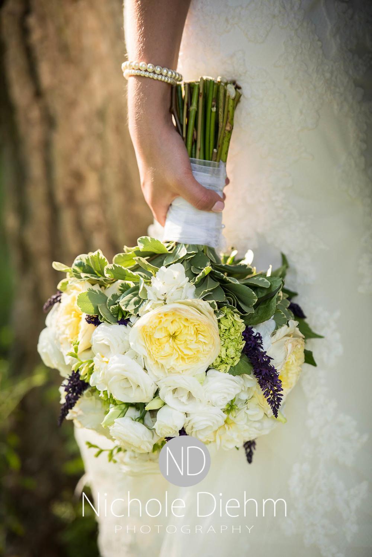 Katie-Schneider-Sam-Kelly-Wedding-Cedar-Falls-Iowa-Photographer-Nichole-Diehm-Photography-St.Stephens-Electric-Park-Ballroom-UNI1040.jpg