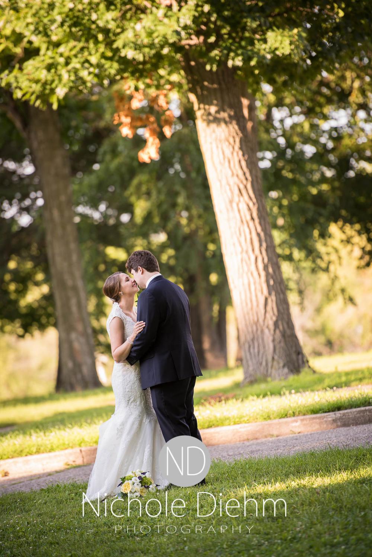 Katie-Schneider-Sam-Kelly-Wedding-Cedar-Falls-Iowa-Photographer-Nichole-Diehm-Photography-St.Stephens-Electric-Park-Ballroom-UNI1043.jpg