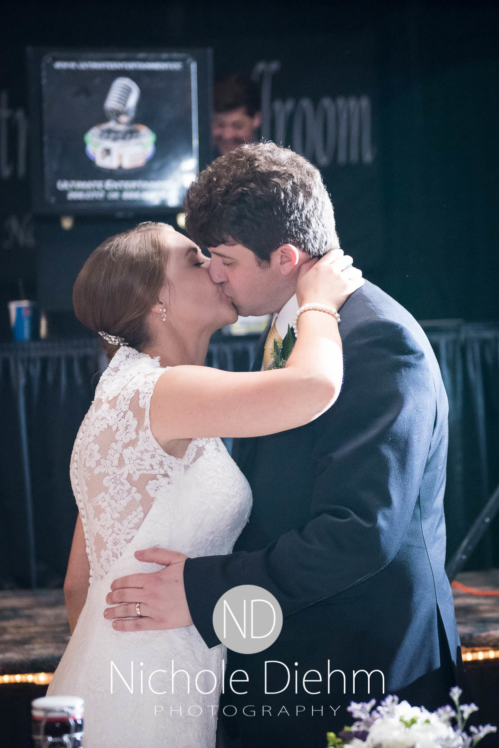 Katie-Schneider-Sam-Kelly-Wedding-Cedar-Falls-Iowa-Photographer-Nichole-Diehm-Photography-St.Stephens-Electric-Park-Ballroom-UNI1062.jpg
