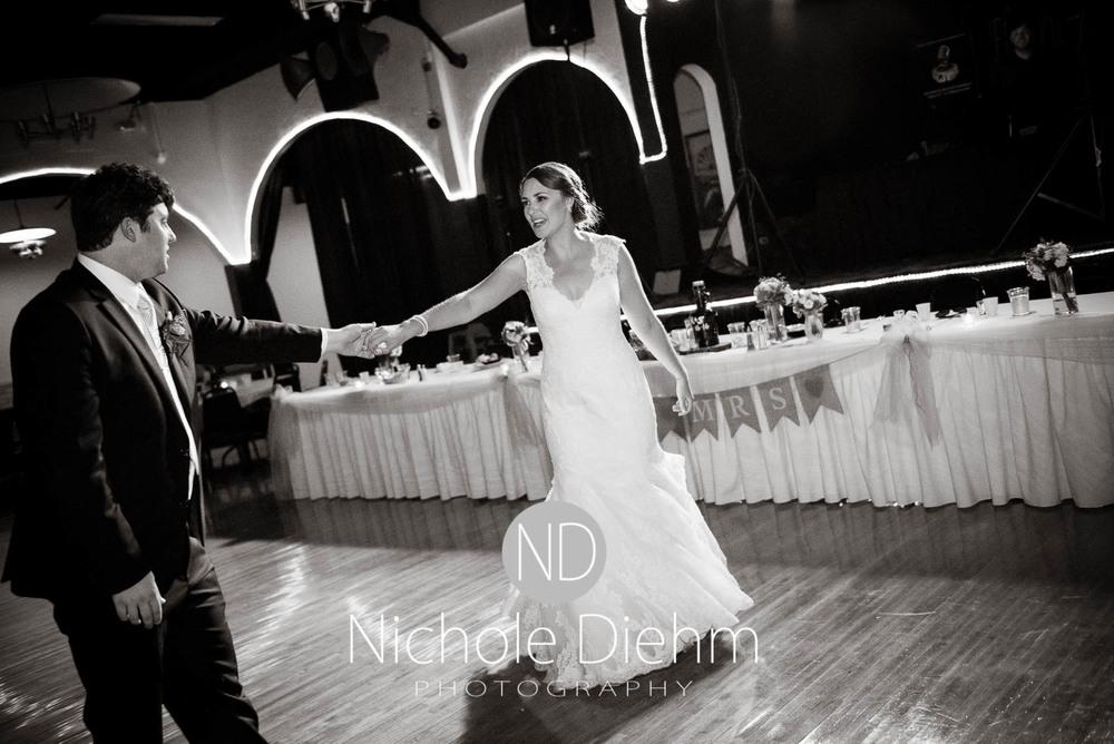 Katie-Schneider-Sam-Kelly-Wedding-Cedar-Falls-Iowa-Photographer-Nichole-Diehm-Photography-St.Stephens-Electric-Park-Ballroom-UNI1063.jpg