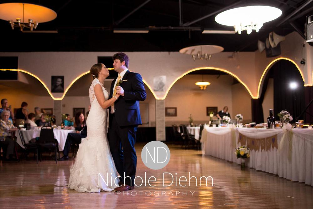 Katie-Schneider-Sam-Kelly-Wedding-Cedar-Falls-Iowa-Photographer-Nichole-Diehm-Photography-St.Stephens-Electric-Park-Ballroom-UNI1052.jpg