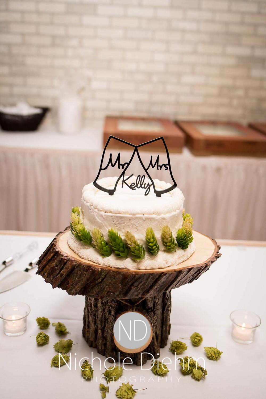Katie-Schneider-Sam-Kelly-Wedding-Cedar-Falls-Iowa-Photographer-Nichole-Diehm-Photography-St.Stephens-Electric-Park-Ballroom-UNI1114.jpg