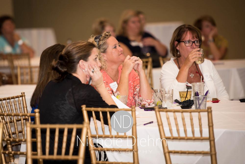 100+women_who_care_cedar_valley_charity_event146.jpg