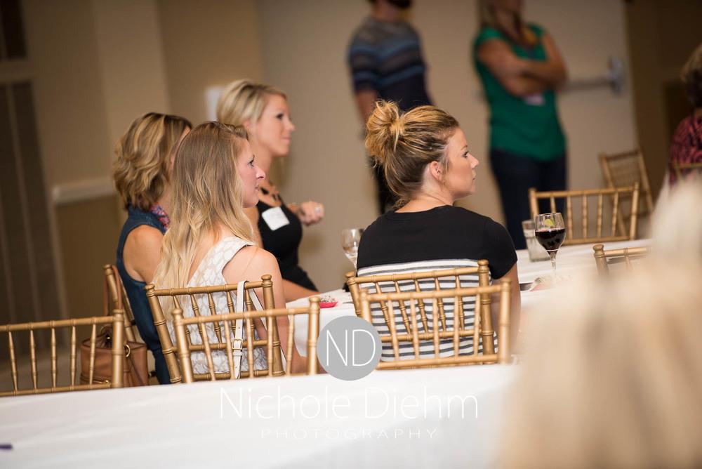 100+women_who_care_cedar_valley_charity_event154.jpg