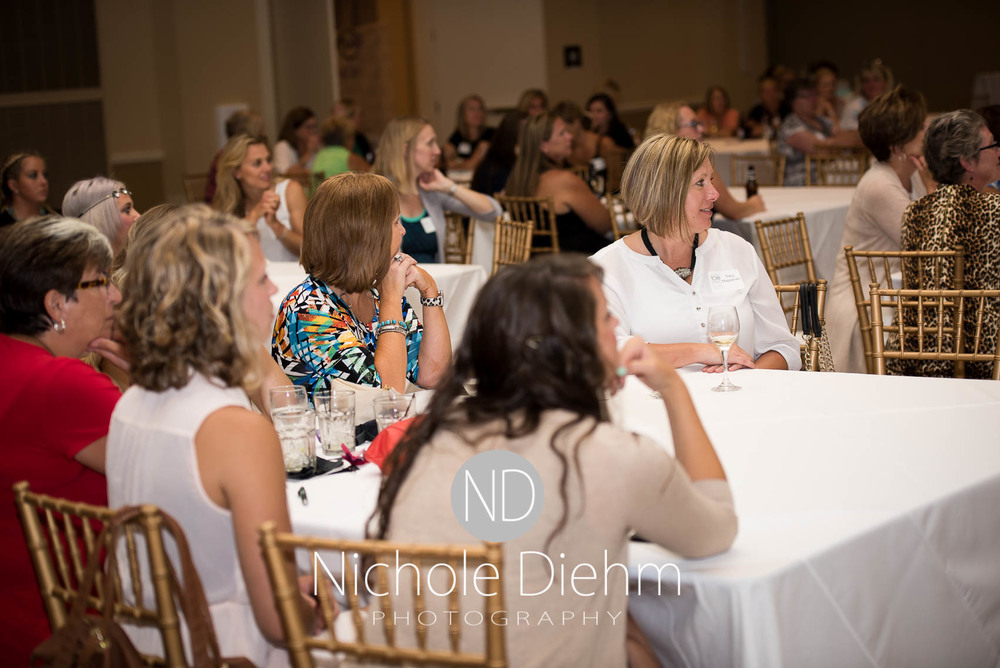100+women_who_care_cedar_valley_charity_event174.jpg