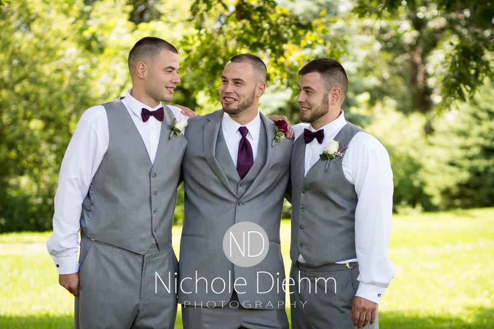 Cedar_Valley_Wedding_Photographer_Cordell_Niki_Marshalltown_2016287.jpg