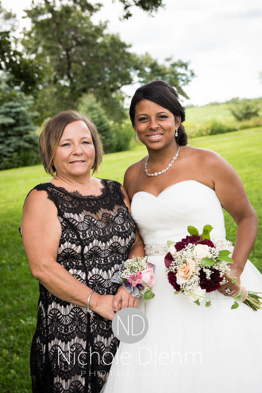 Cedar_Valley_Wedding_Photographer_Cordell_Niki_Marshalltown_2016304.jpg
