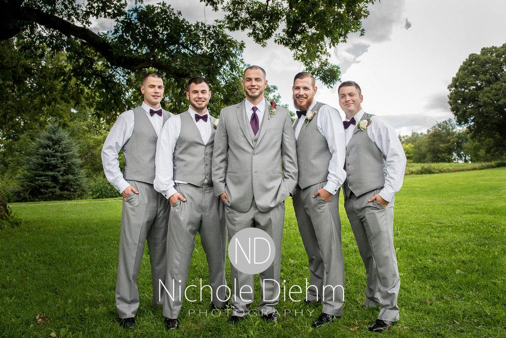 Cedar_Valley_Wedding_Photographer_Cordell_Niki_Marshalltown_2016324.jpg