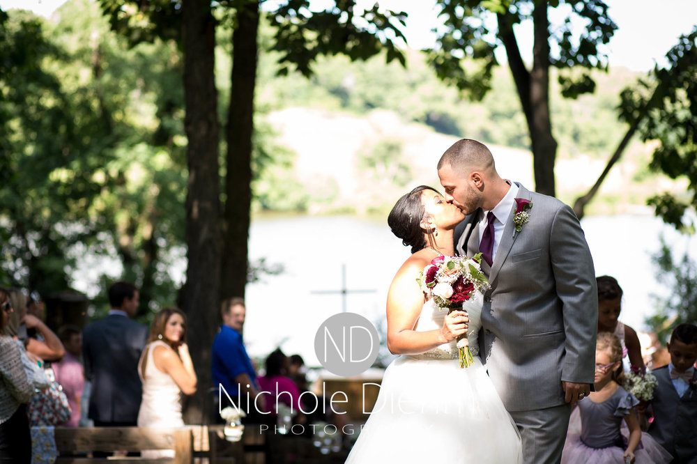 Cedar_Valley_Wedding_Photographer_Cordell_Niki_Marshalltown_2016526.jpg