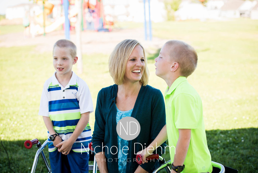 Cedar-Falls-Photographer-Nichole-Diehm-Events-100-women-who-care-beaus-beautiful-blessings-place-to-play-park-greenhill-villiage160.jpg
