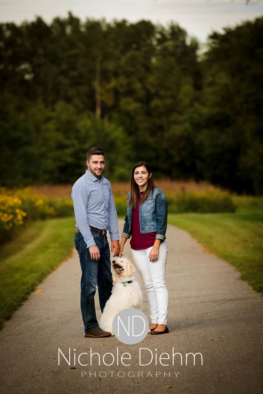 Nichole-Diehm-Photography-Cedar-Falls-Zach-Jess-September-Fall-Big-Woods101.jpg
