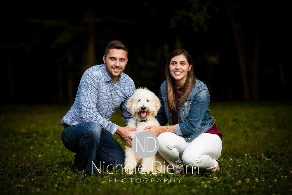Nichole-Diehm-Photography-Cedar-Falls-Zach-Jess-September-Fall-Big-Woods100.jpg