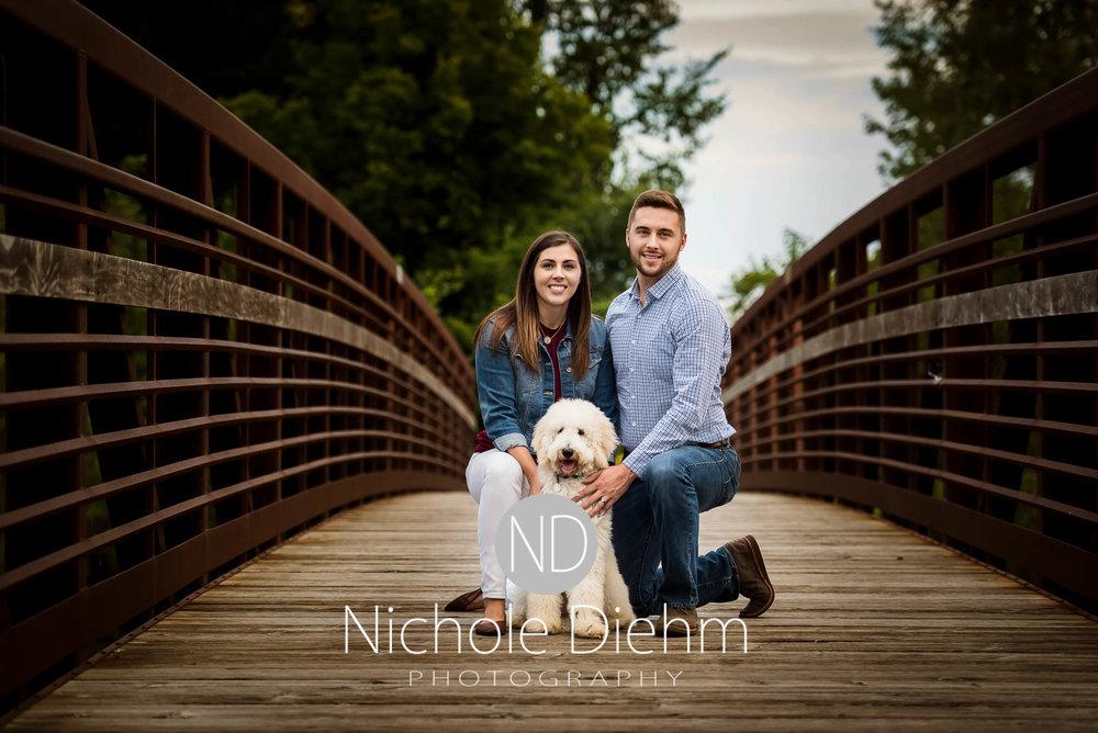 Nichole-Diehm-Photography-Cedar-Falls-Zach-Jess-September-Fall-Big-Woods108.jpg