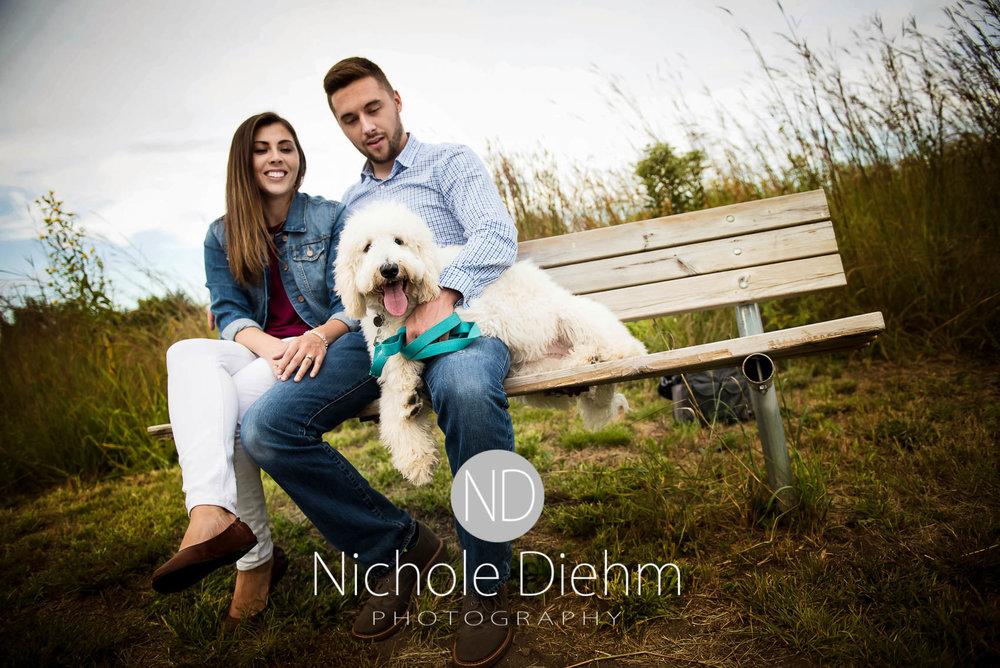 Nichole-Diehm-Photography-Cedar-Falls-Zach-Jess-September-Fall-Big-Woods110.jpg