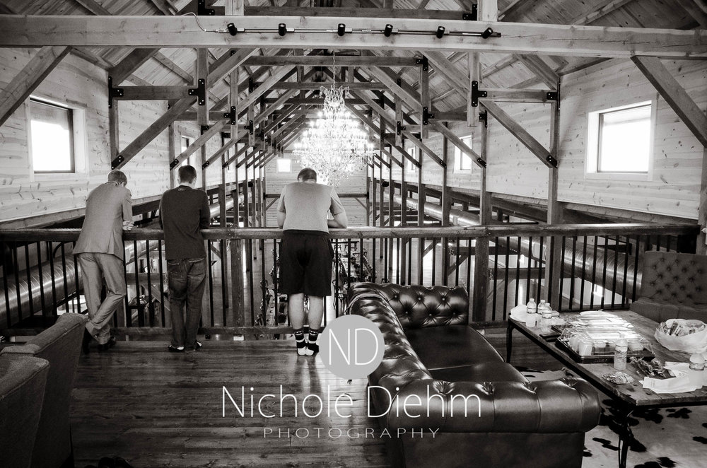 Cedar-Falls-Iowa-Wedding-Photographer-Sioux-Falls-South-Dakota-Emily-Stricklin-Jordy-Reinders-Meadow-Barn-Fall-Nichole-Diehm-Photography-Venue156.jpg
