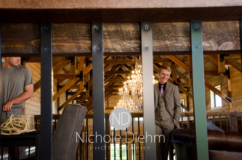 Cedar-Falls-Iowa-Wedding-Photographer-Sioux-Falls-South-Dakota-Emily-Stricklin-Jordy-Reinders-Meadow-Barn-Fall-Nichole-Diehm-Photography-Venue162.jpg