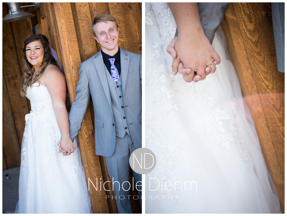 Cedar-Falls-Iowa-Wedding-Photographer-Sioux-Falls-South-Dakota-Emily-Stricklin-Jordy-Reinders-Meadow-Barn-Fall-Nichole-Diehm-Photography-Venue171a.jpg