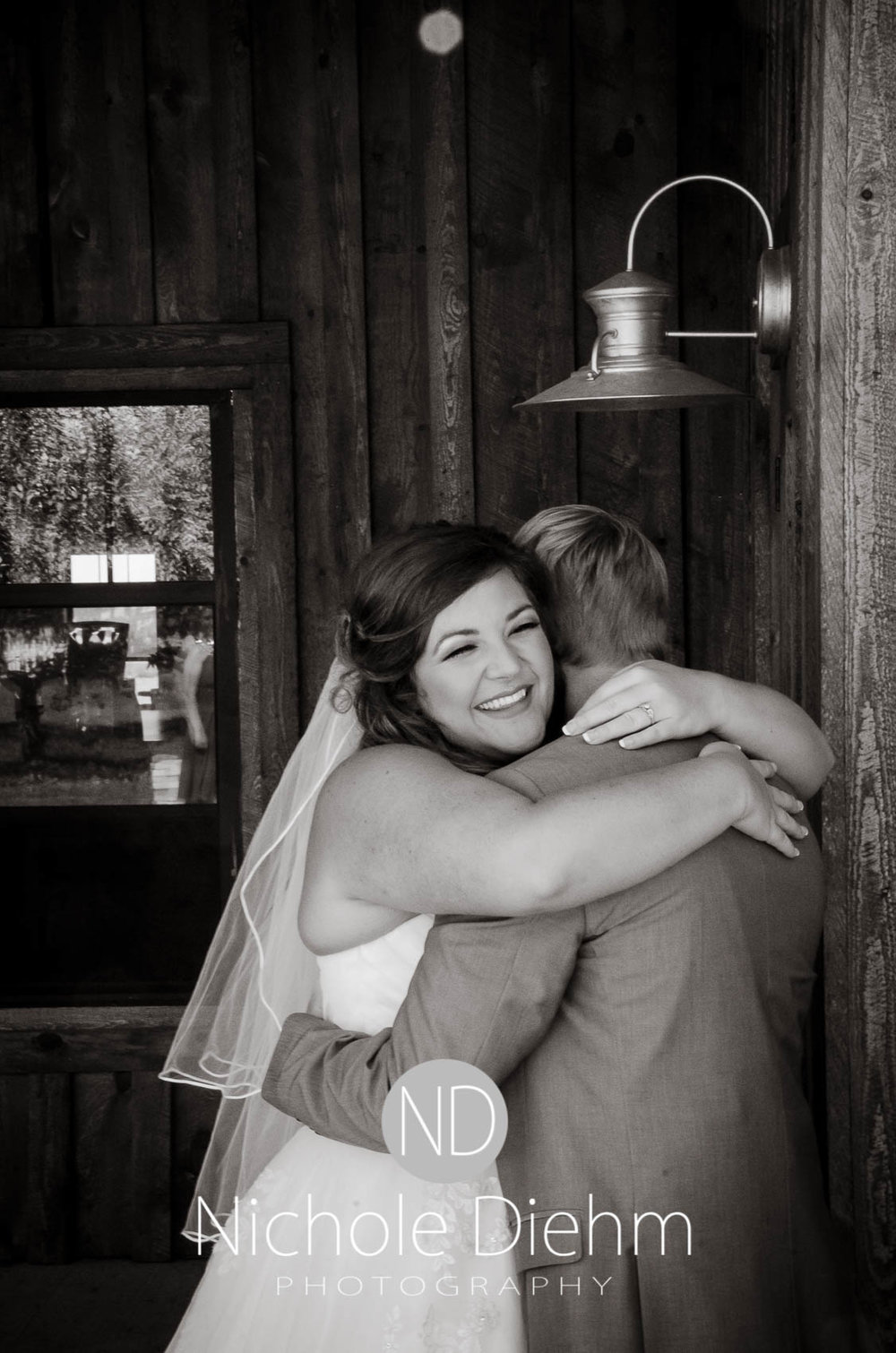 Cedar-Falls-Iowa-Wedding-Photographer-Sioux-Falls-South-Dakota-Emily-Stricklin-Jordy-Reinders-Meadow-Barn-Fall-Nichole-Diehm-Photography-Venue175.jpg