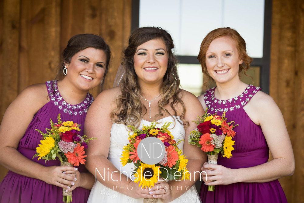 Cedar-Falls-Iowa-Wedding-Photographer-Sioux-Falls-South-Dakota-Emily-Stricklin-Jordy-Reinders-Meadow-Barn-Fall-Nichole-Diehm-Photography-Venue191.jpg