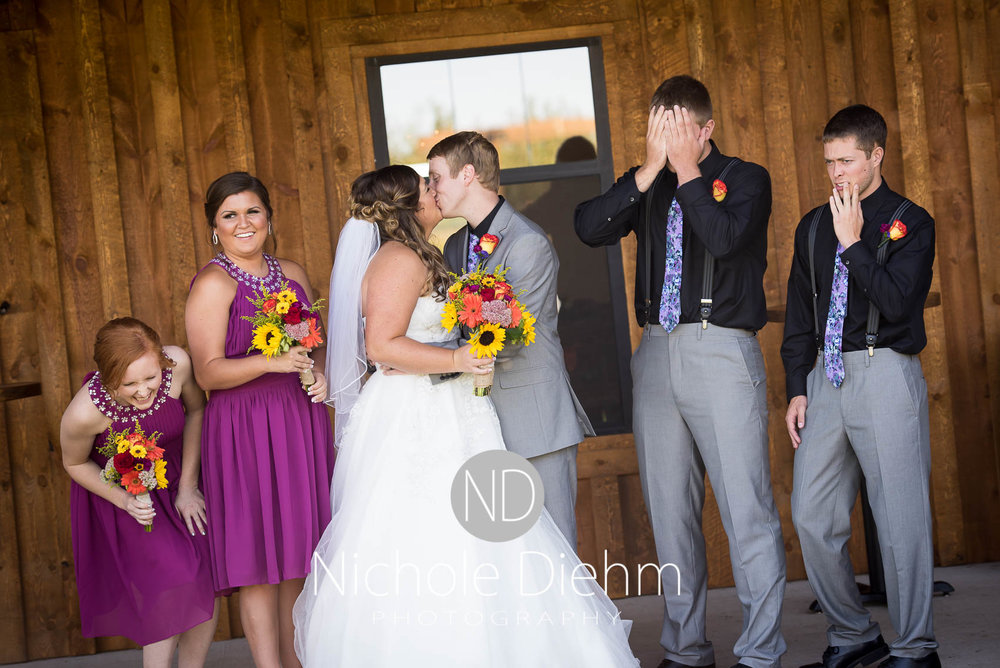 Cedar-Falls-Iowa-Wedding-Photographer-Sioux-Falls-South-Dakota-Emily-Stricklin-Jordy-Reinders-Meadow-Barn-Fall-Nichole-Diehm-Photography-Venue208.jpg