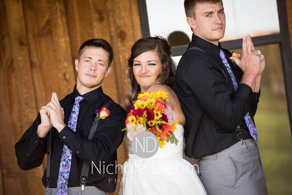 Cedar-Falls-Iowa-Wedding-Photographer-Sioux-Falls-South-Dakota-Emily-Stricklin-Jordy-Reinders-Meadow-Barn-Fall-Nichole-Diehm-Photography-Venue216.jpg