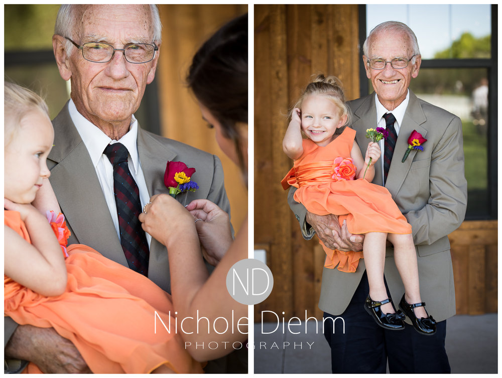 Cedar-Falls-Iowa-Wedding-Photographer-Sioux-Falls-South-Dakota-Emily-Stricklin-Jordy-Reinders-Meadow-Barn-Fall-Nichole-Diehm-Photography-Venue230a.jpg