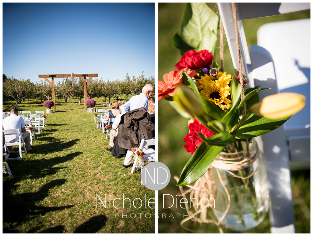 Cedar-Falls-Iowa-Wedding-Photographer-Sioux-Falls-South-Dakota-Emily-Stricklin-Jordy-Reinders-Meadow-Barn-Fall-Nichole-Diehm-Photography-Venue239a.jpg