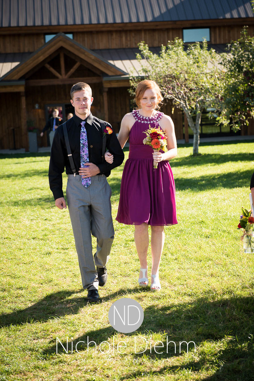 Cedar-Falls-Iowa-Wedding-Photographer-Sioux-Falls-South-Dakota-Emily-Stricklin-Jordy-Reinders-Meadow-Barn-Fall-Nichole-Diehm-Photography-Venue247.jpg