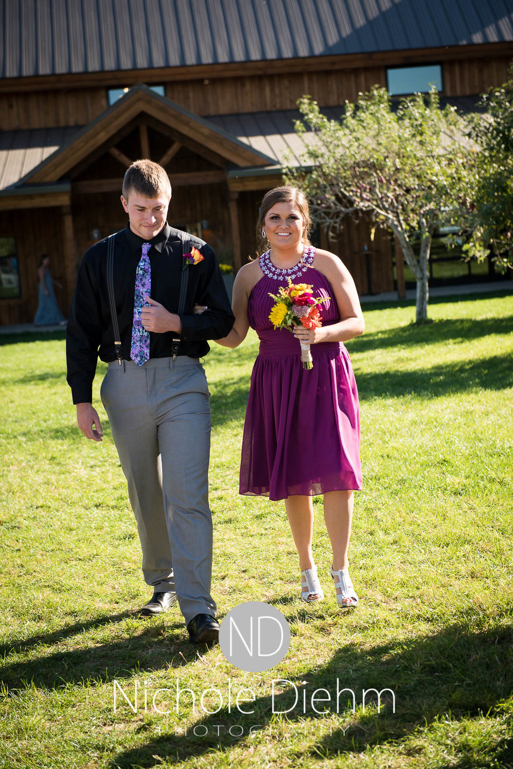Cedar-Falls-Iowa-Wedding-Photographer-Sioux-Falls-South-Dakota-Emily-Stricklin-Jordy-Reinders-Meadow-Barn-Fall-Nichole-Diehm-Photography-Venue248.jpg