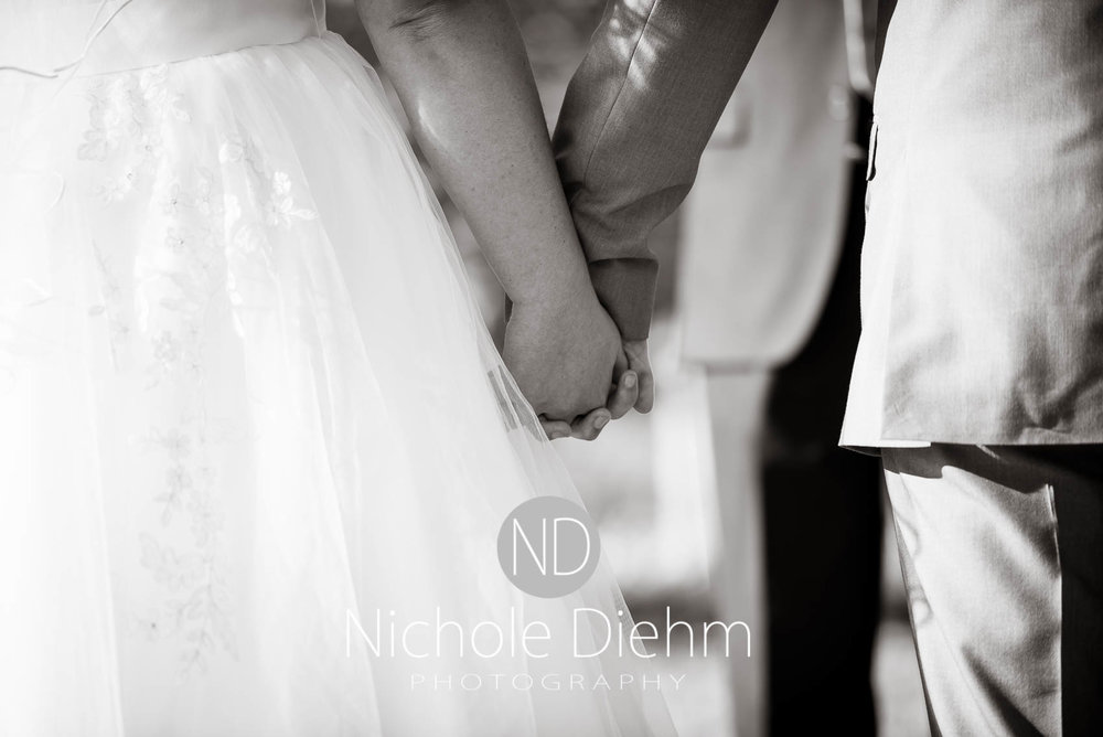 Cedar-Falls-Iowa-Wedding-Photographer-Sioux-Falls-South-Dakota-Emily-Stricklin-Jordy-Reinders-Meadow-Barn-Fall-Nichole-Diehm-Photography-Venue260.jpg